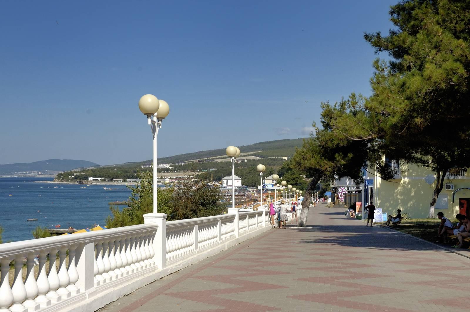 Центральный пляж в дивноморске фото